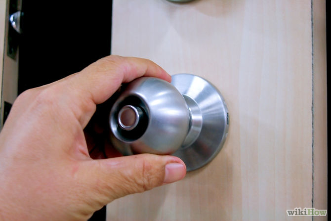 Cold and flu spread door knob picture